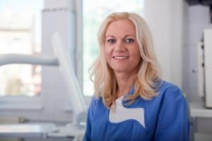 Dr. Szilvia Papp